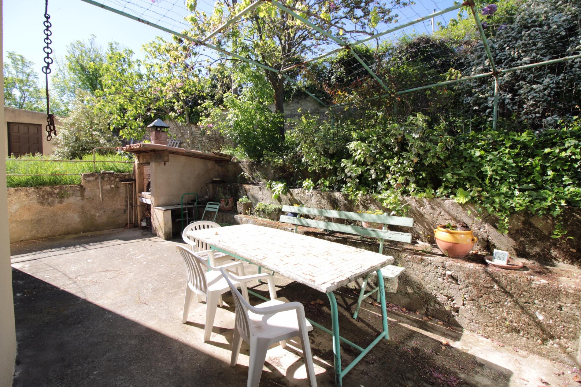 Vente maison/villa 7 pièces apt 84400