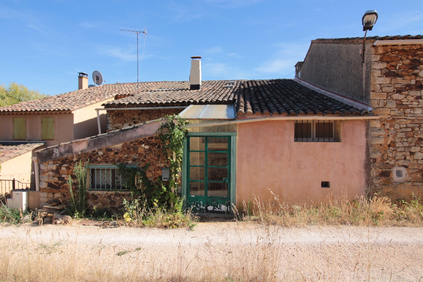 Vente maison/villa 3 pièces villars 84400