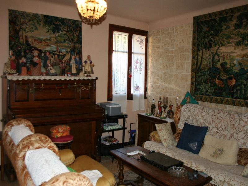 Vente maison/villa 7 pièces villars 84400